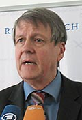 Prof. Dr. Drs. h.c. Jörg Hinrich Hacker
