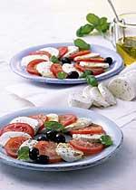 Caprese mit Basilikum-Tomaten