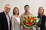 Prof. Dr. Oliver Kuß, Prof. Dr. Barbara Hoffmann, der erste Proband der Nationalen Kohorte am Düsseldorfer Standort und Birgit Klüppelholz (v. li. n. re.)