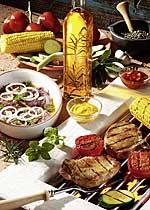 Mariniertes Fleisch und Gemüse vom Grill