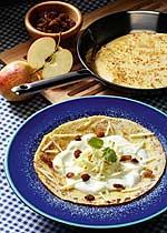 Pfannkuchen mit Apfel-Quark-Füllung