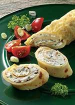 Pfannkuchen-Röllchen mit Feta-Füllung