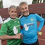 Pierre Littbarski und Professor Thomas Danne