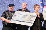 Spendenübergabe im Rahmen der diabetesDE Charity Gala