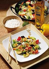 Asiatische Gemüsepfanne mit Sprossen