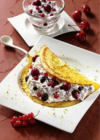 Pfannkuchen mit Sommerfrüchten
