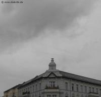 Dunkler Himmel über Berlin