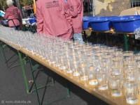 Wasserbecher beim Berlin-Marathon