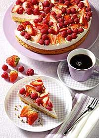 Erdbeer-Himbeertorte zum Muttertag