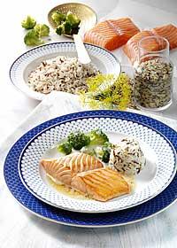 Lachsfilet mit Zitronenbutter und Reis