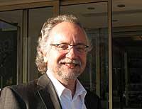 Prof. Lutz Heinemann