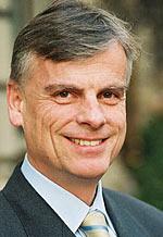 Dr. med. Nick Schulze-Solce, Lilly Deutschland