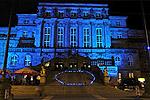 Kasseler Rathaus in Blau