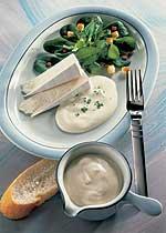 Feldsalat mit Knoblauch