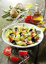 Nizzasalat mit Oliven