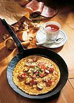 Pfannkuchen mit Schinken-Pilz-Füllung